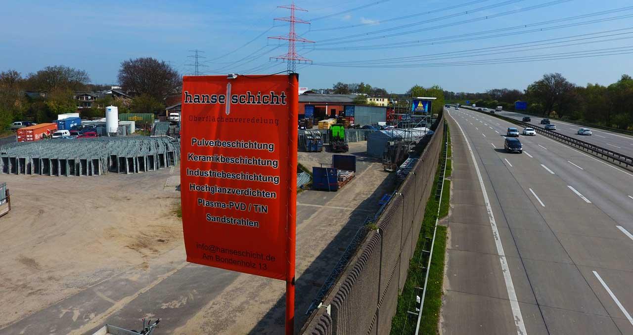 Hanseschicht-Pulverbeschichtung-Hamburg-Industrie-Pulverpistole-Pulverbeschichten-Hamburg-Sandstrahlen-krebs-halle-felgen-lackieren-korrosionsschutz-passivieren-stahl-aluminium-beschichtung-hanse-schicht